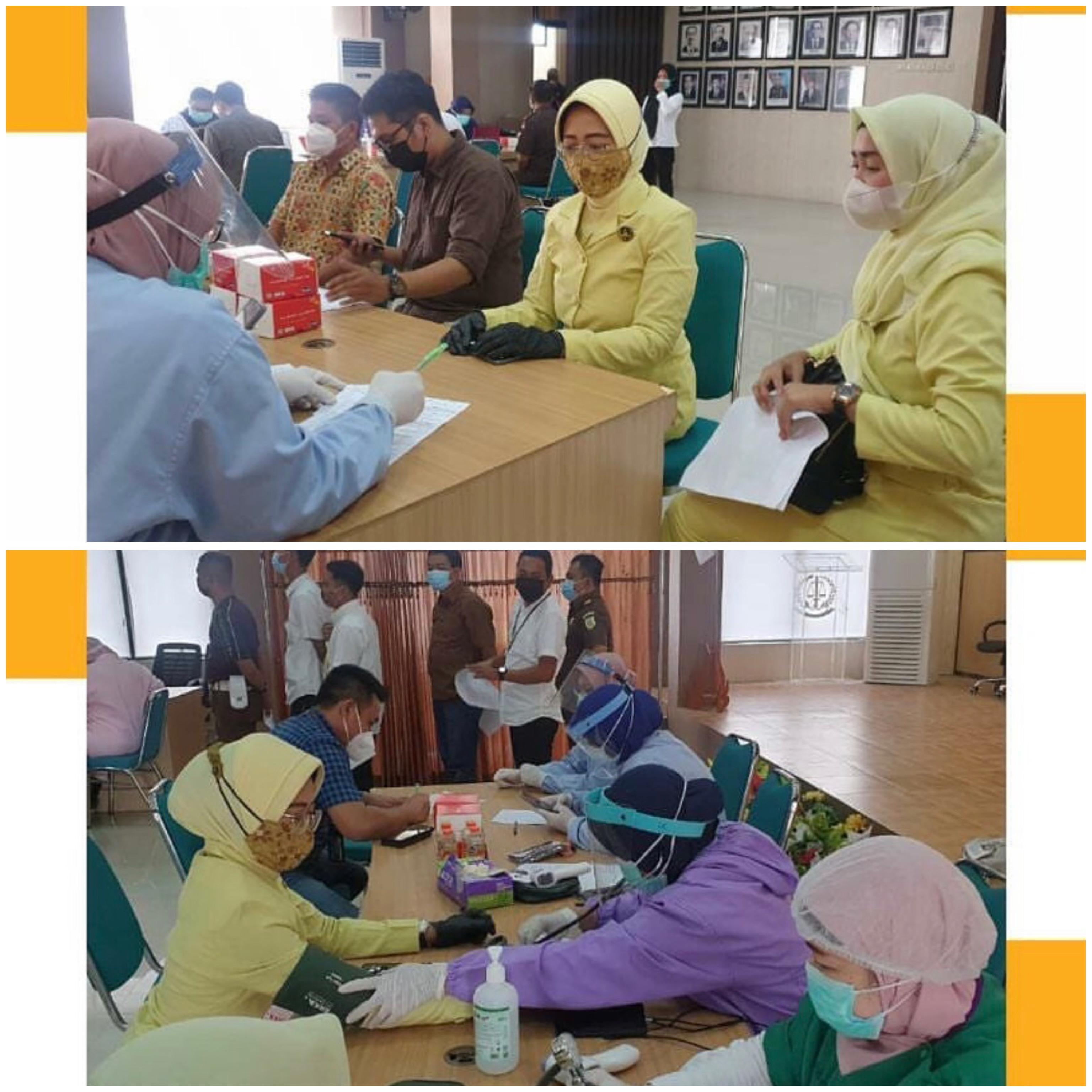 Vaksin Kedua Pegawai Kejari Surabaya 17-03-2021