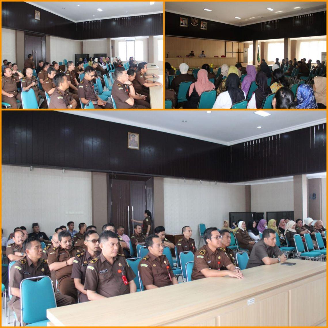 Siraman Rohani Rutin Kejari Surabaya 07-11-2017