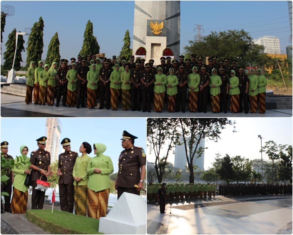 Jelang Hari Bhakti Adyhaksa ke 59, Upacara dan Tabur bunga di Taman Makam Pahlawan  21-07-2019