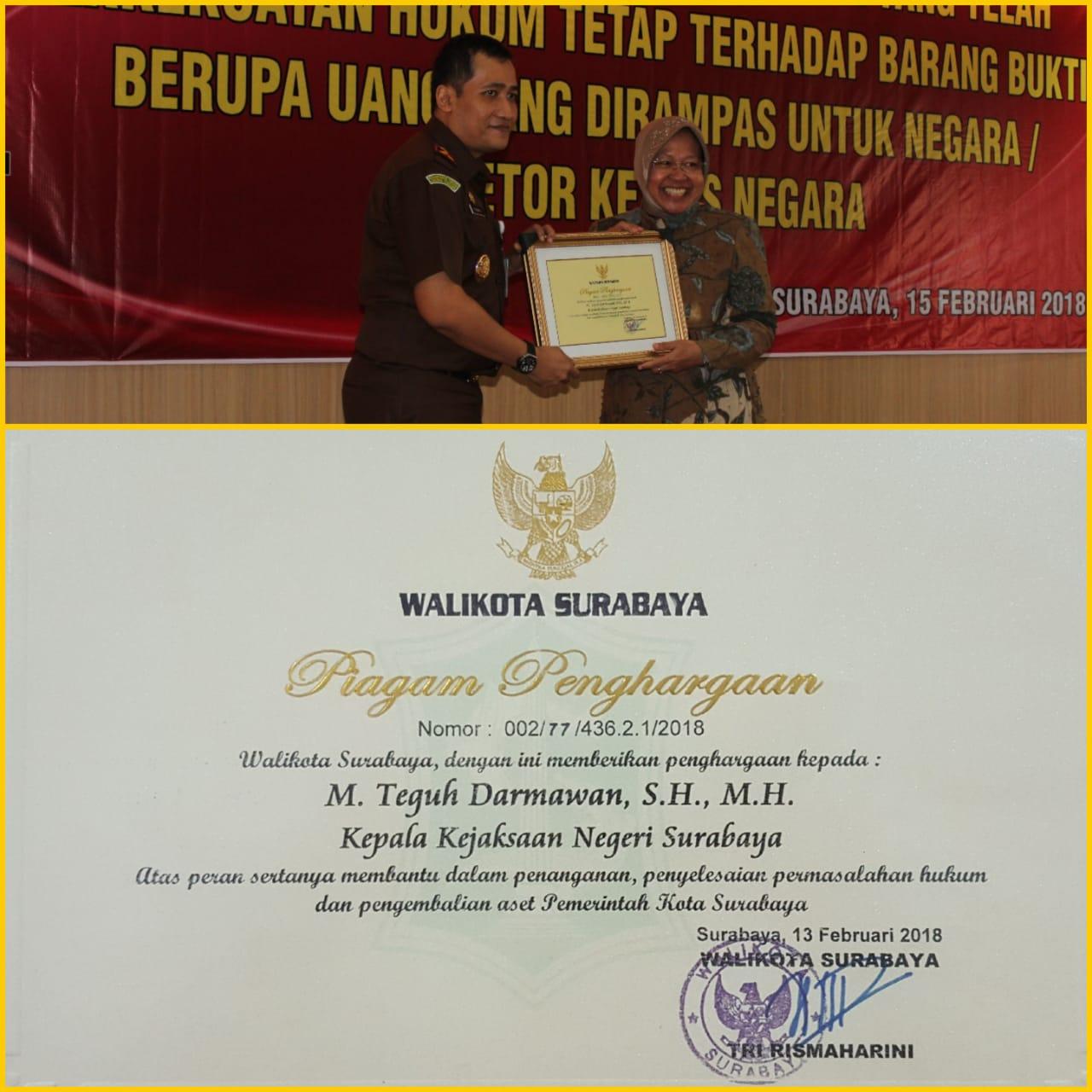 Kajari Surabaya Menerima Penghargaan Dari Walikota Surabaya 15-02-2018