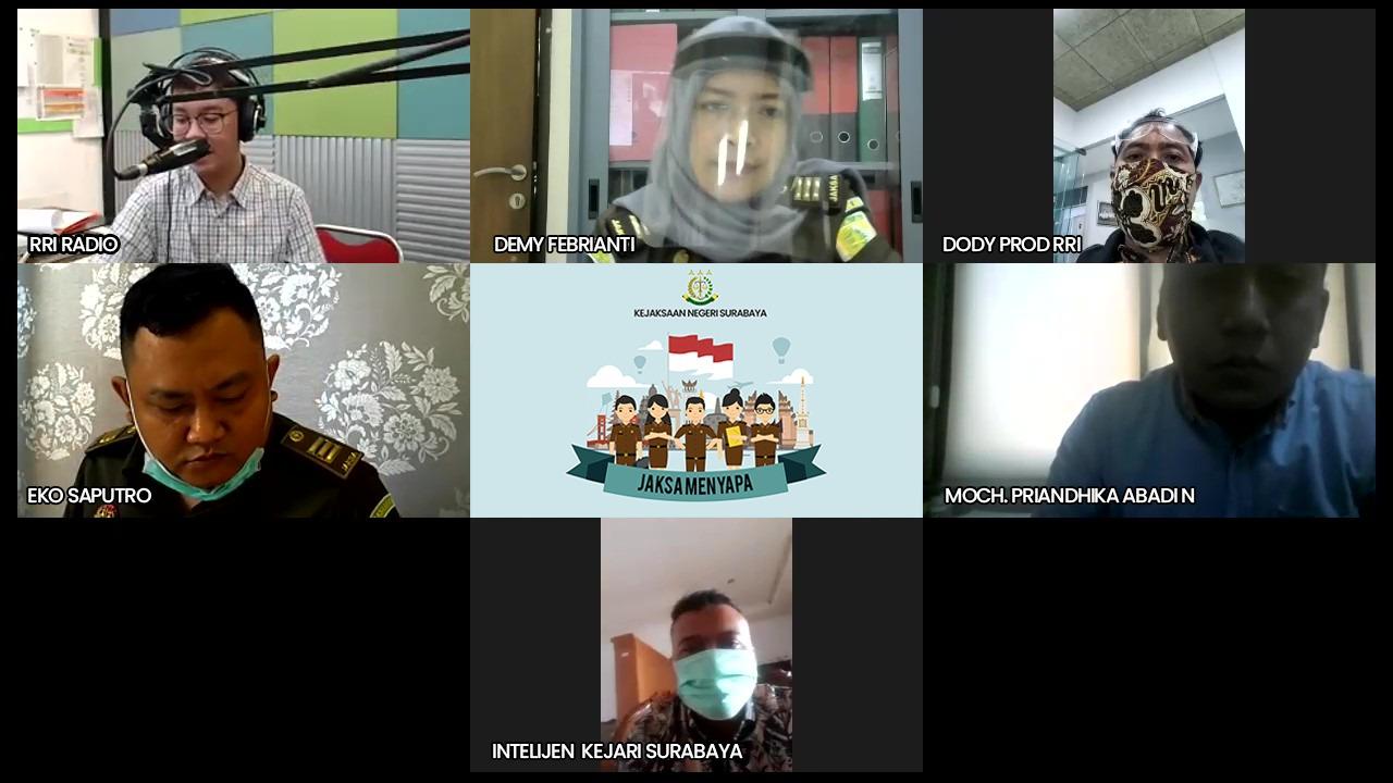 Kejari Surabaya menyapa warga dalam program interaktif Jaksa Menyapa. 04-06-2020
