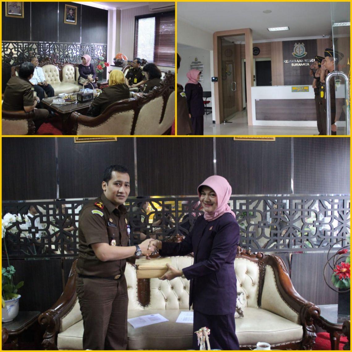 Kunjungan Kapuslitbang Kejaksaan Agung RI di Kejari Surabaya 12-04-2018