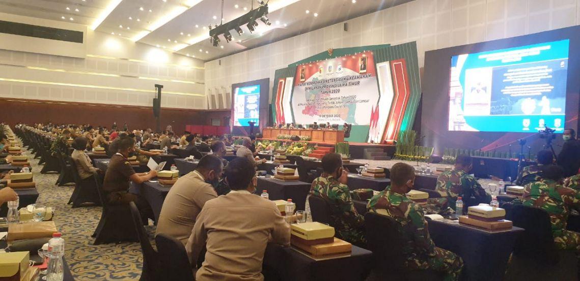 Rapat Koordinasi Ketertiban dan Keamanan di Wilayah Provinsi Jawa Timur 19-10-2020