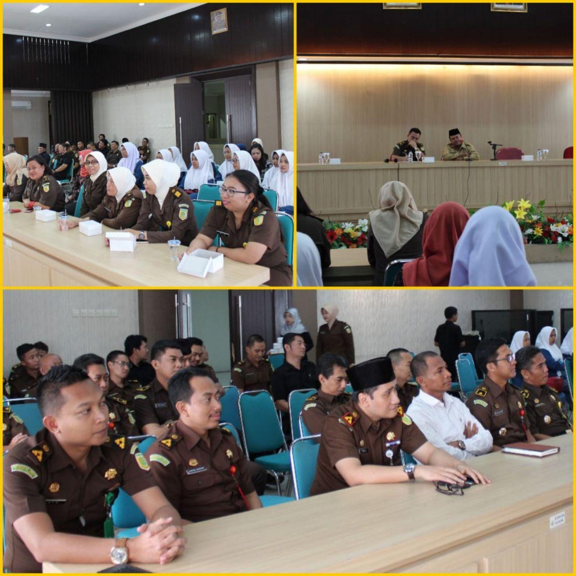 Siraman Rohani Rutin Kejari Surabaya 04-12-2017